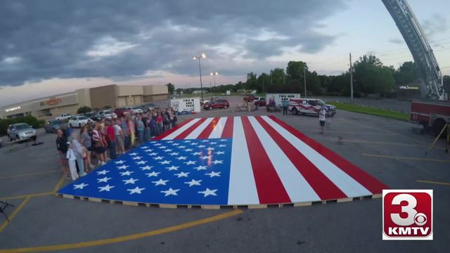 Omaha sets a Guinness world record for the largest American flag made…