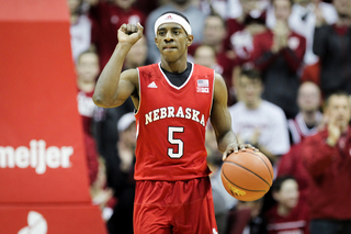 Huskers pick up conference win over Michigan