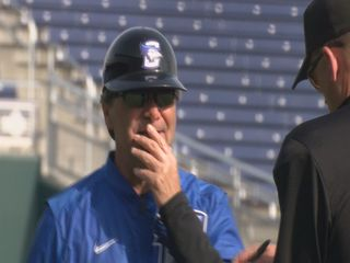 Ed Servais wins 500th game at Creighton