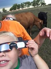 Eclipse 2017: Special glasses make statement