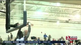 Creighton Prep holds off Omaha Westside