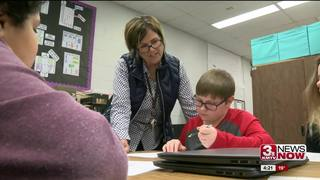 ITC: Elementary students rotate classrooms