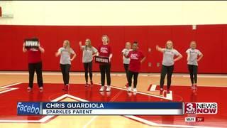 Huskers cheerleaders help Sparkles squad shine