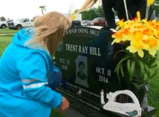 Blair mom says items stolen from son's grave