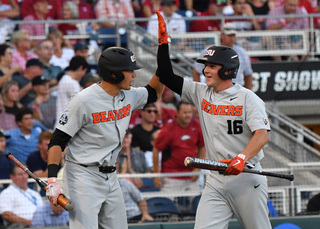 Oregon State downs Arkansas to win CWS
