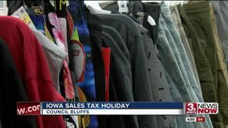 Sales tax holiday begins in Iowa