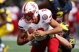 HALFTIME: Nebraska struggling against Michigan